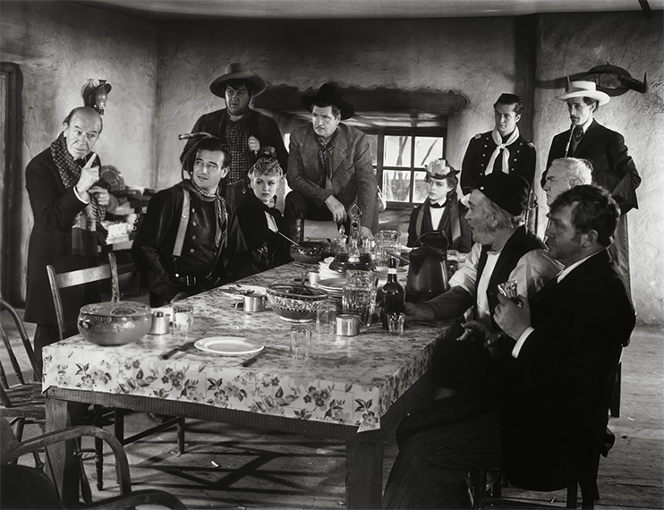 """6 Ways to """"Citizen Kane"""" Your Film: Low Angles and Ceilings"""