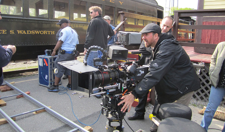 6 Tips for Filming a Thrilling Car Chase Scene: Control Your Environment