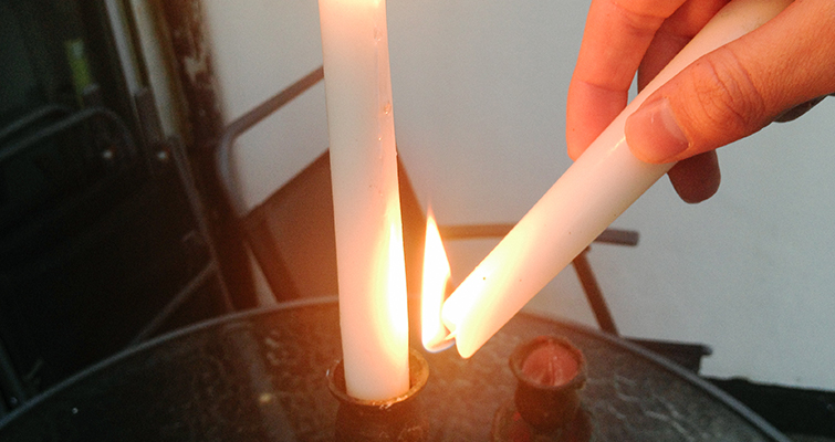 Go Medieval With These Easy-to-Make Fantasy Props: Melt Candles
