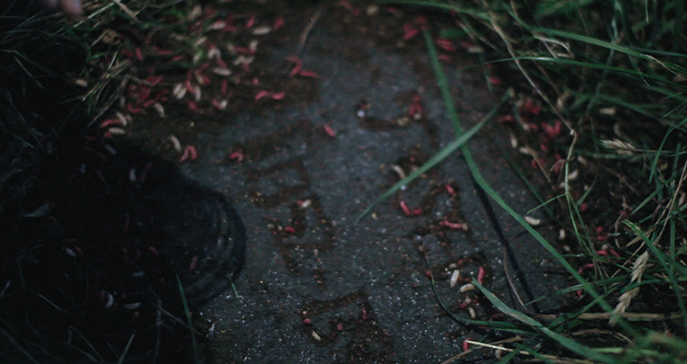Go Medieval With These Easy-to-Make Fantasy Props: Grave on Screen