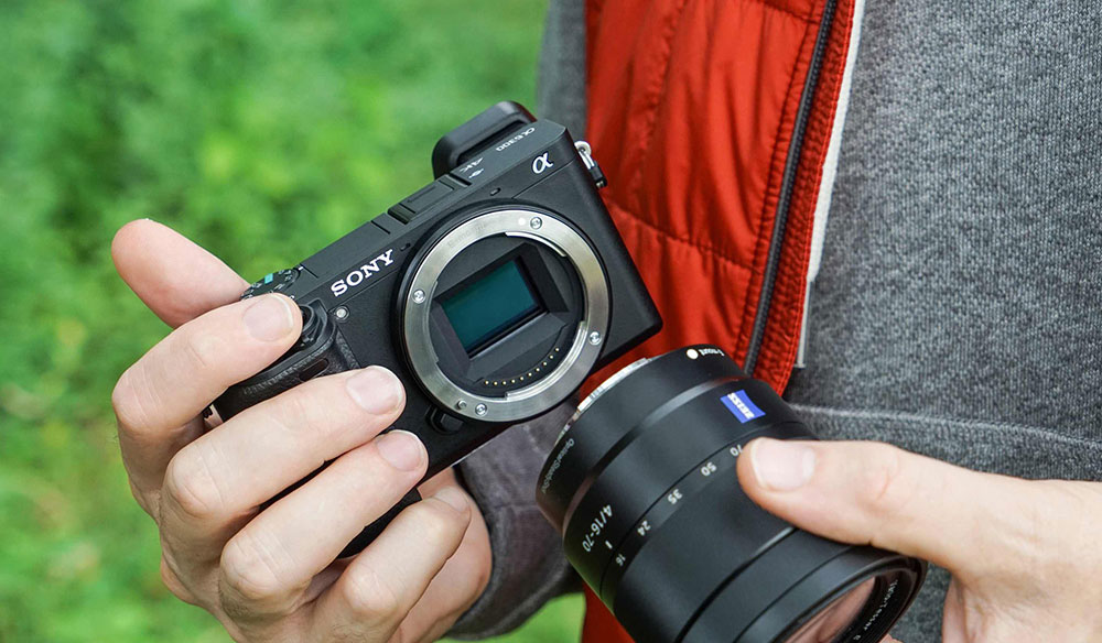 The 6 Best Filmmaking Cameras Under $1,000