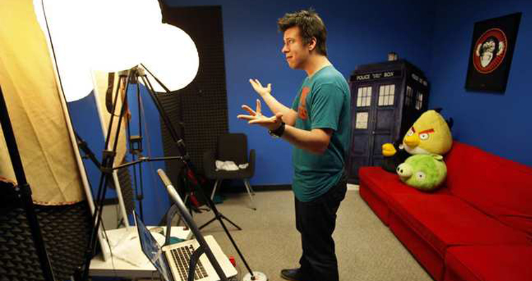 The Videographer's Guide to Vlogging — Philip DeFranco