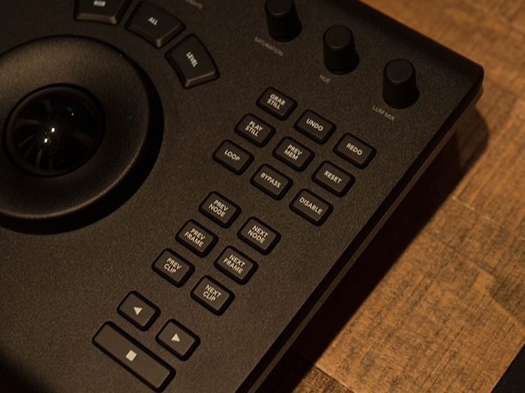 Hands-on Review: DaVinci Resolve Micro Panel — Control Knobs