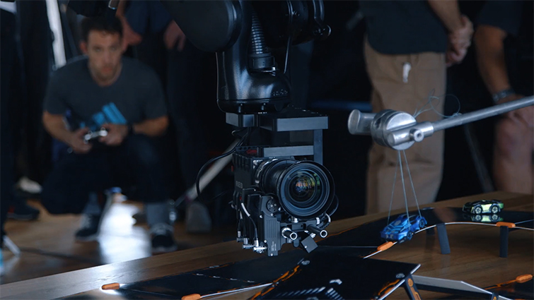 You Can Now Buy a Robotic Camera Arm That Plugs into an Outlet — Usability