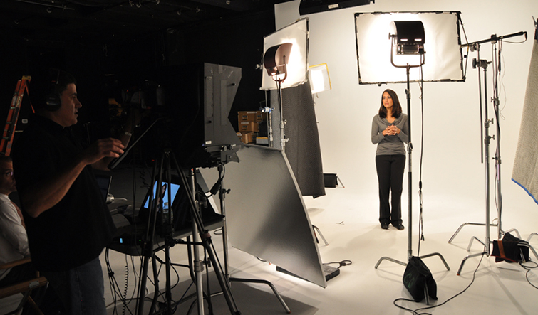 7 Tips for Working with Teleprompters on Video Shoots — Sightline