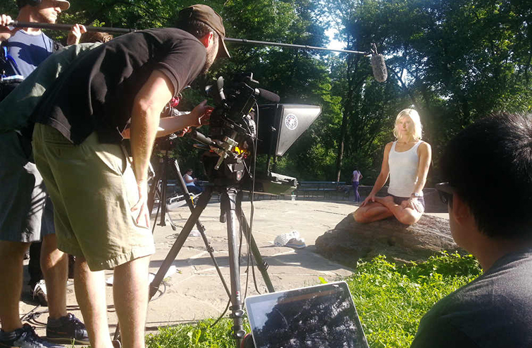 7 Tips for Working with Teleprompters on Video Shoots — Minimize Eye Movement