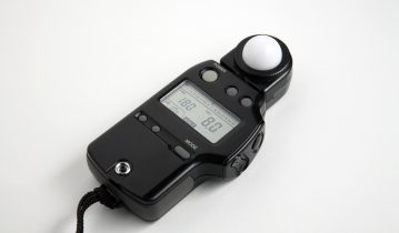 Cinematography Tip: The Benefits of Using a Light Meter