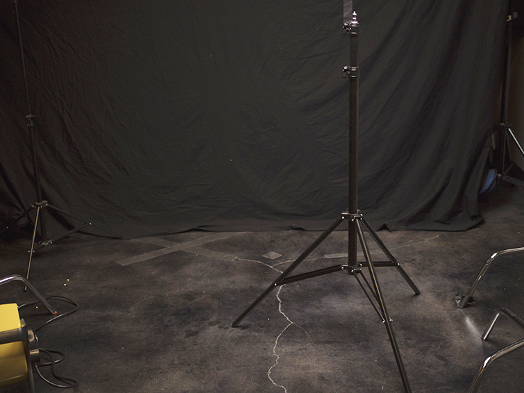 A Practical Guide to Working with Light Stands on Set — Standard Stand