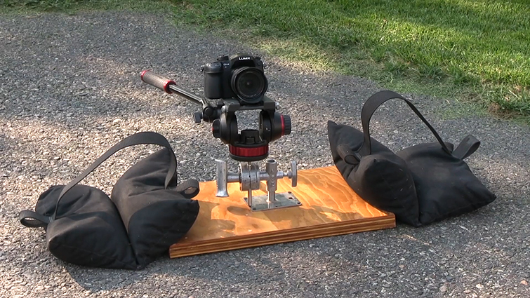 Grip Tricks: Creating Do-It-Yourself Camera Rigs — Wooden Plate Rig