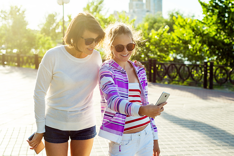 How Social Media Has Redefined the Aspect Ratio — Selfie
