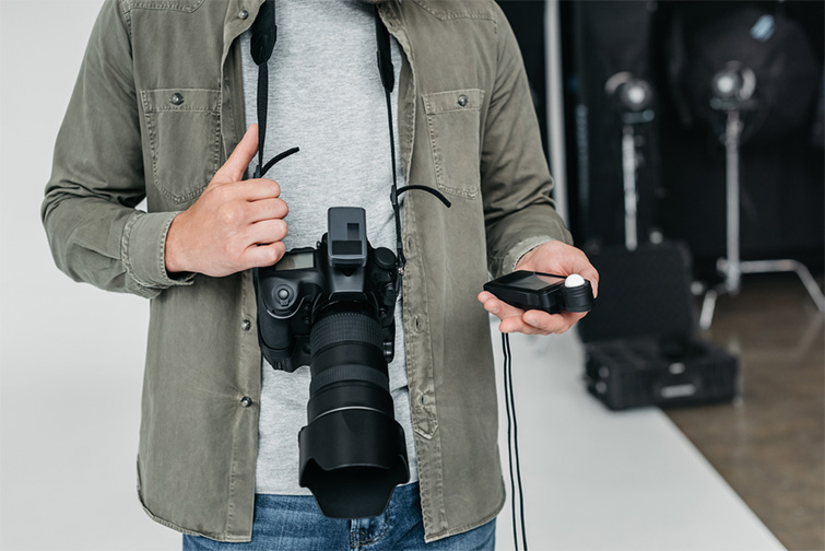 Cinematography Tip: Lighting Your Production with the Inverse Square Law — Light Meter