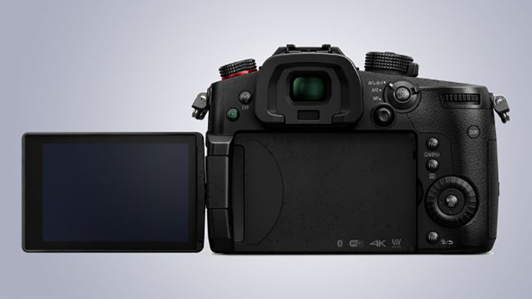 CES 2018: First Look at Panasonic's New Lumix GH5S — All Improvements