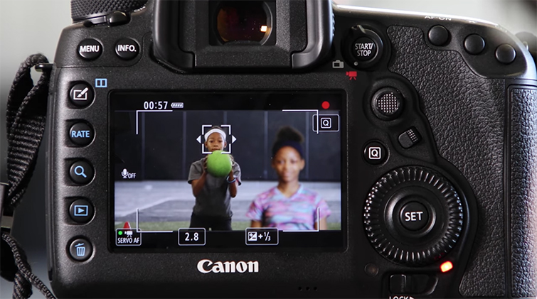 Using Canon 5D Mark IV's Auto-Focus While Shooting Video — FlexiZone Single