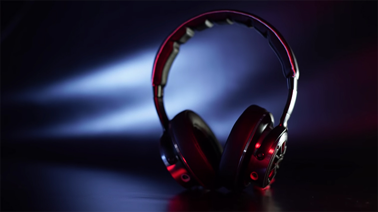 5 Quick Tips: Mixing Audio for Film and Video Projects — Headphones