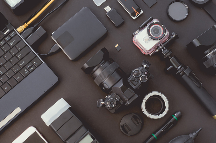 The Digital Imaging Technician's Tool Kit — Gear for the Job — Equipment