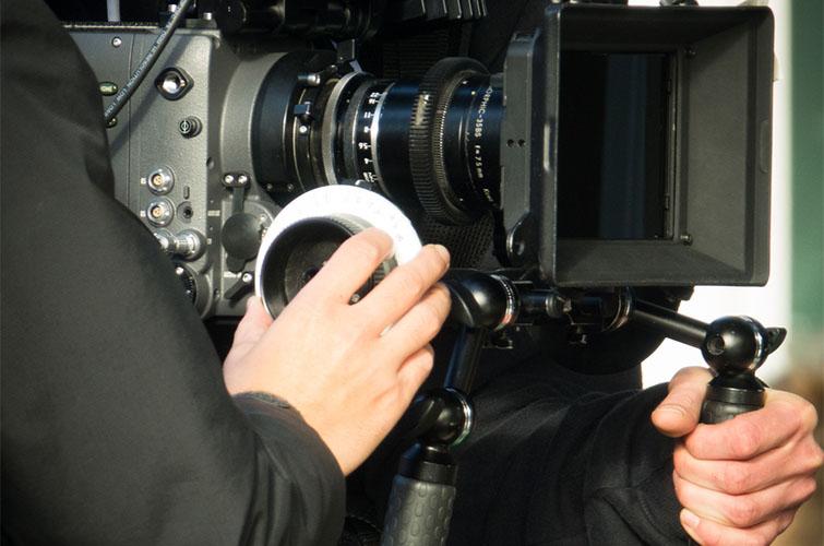 Filmmaking Techniques: Mastering the Rack-Focus — Focus Rings