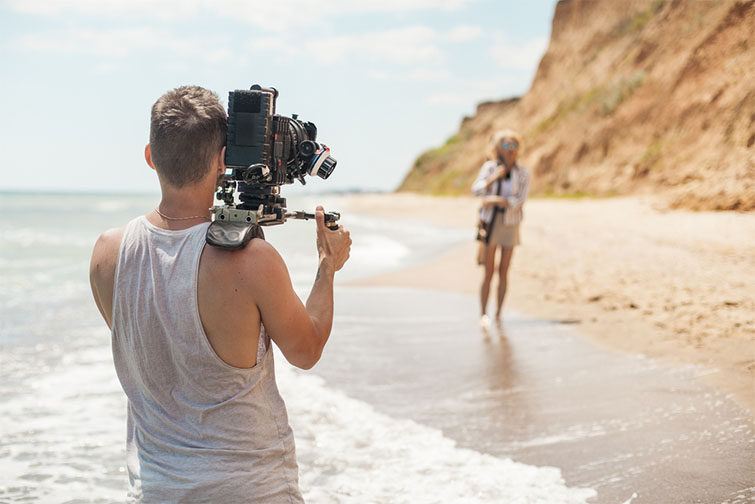 Six Videography Tips for Shooting in Bright Sunlight — Safe and Cool