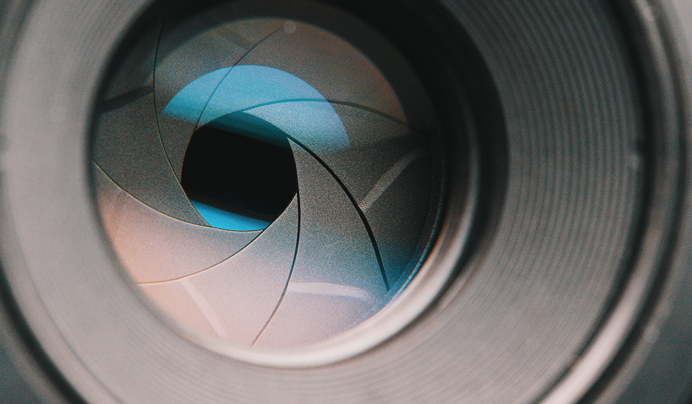 What Is a Fast Lens, and What Goes into Designing One?