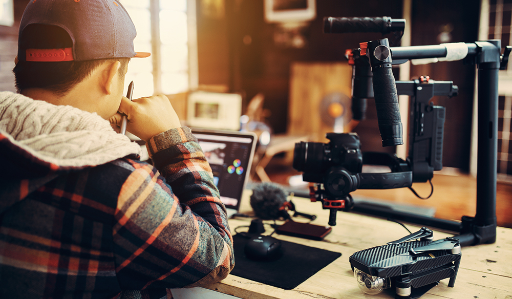 How To Become A Full-Time Freelance Filmmaker Right Now