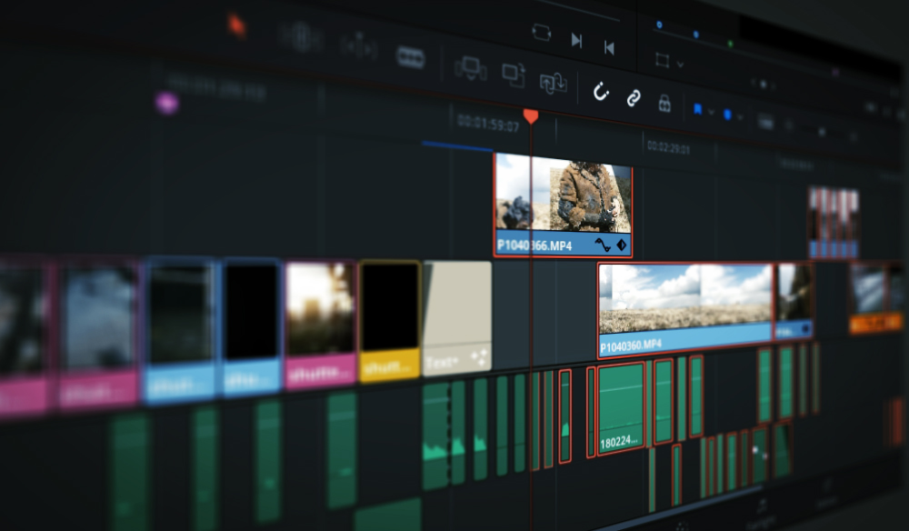 Using the Track Select Forward Tool in DaVinci Resolve 15