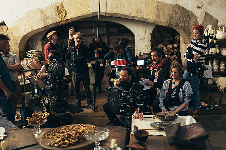The Cameras and Lenses Behind 2019's Oscar-Nominated Films — The Favourite