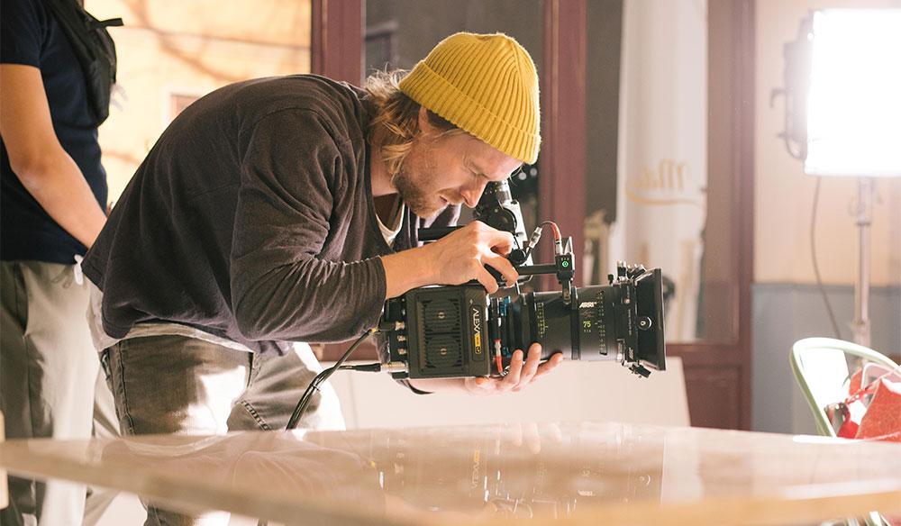 The New ARRI ALEXA Mini LF — Large Format, Little Camera