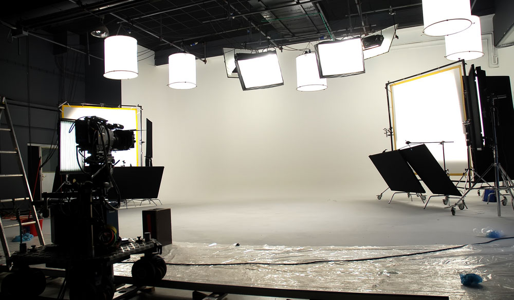 Learn How to Create a Timeless Look with a White Cyclorama
