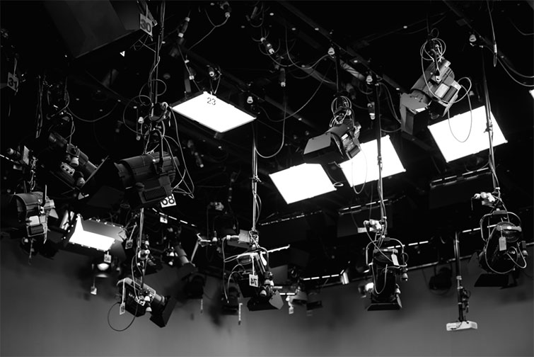 Working as a Grip: Essential Tips for Safety and Success — Film Lights