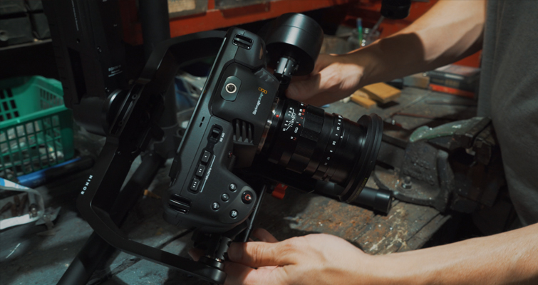How to Mount the Blackmagic Pocket Cinema Camera 4K on the Ronin-M - Balancing the Camera