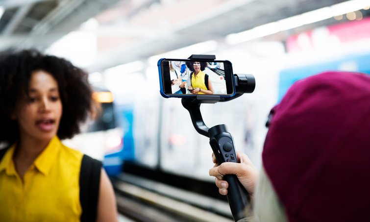 3 Simple Tips for Stabilizing Smartphone Videography - Stabilizer Rigs