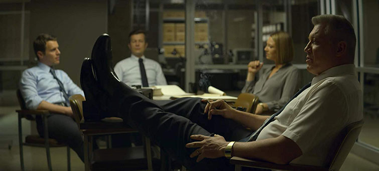 Making Cinema Lights and Practicals Work Together — Mindhunter