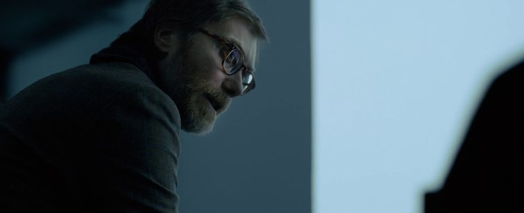 3 Strange Angles to Liven up Your Dialogue Scenes - Stephen Merchant