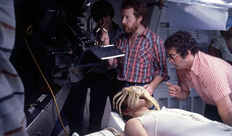 "7 Filmmaking Insights from Modern Film and Television — Scene from the Sci-Fi Horror Classic ""Alien"""