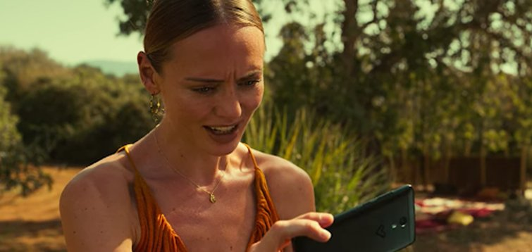 Laura Haddock in White Lines