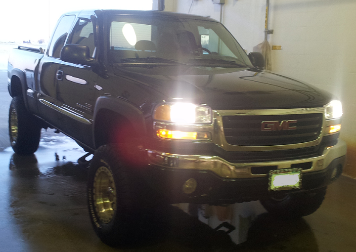 Customers rides parleys diesel performance 2005 gmc sierra duramax with edge programmer mbrp turbo back dual exhaust 3 inch lift egr delete and 33 inch mudstars on 16 inch american racing rims freerunsca Gallery