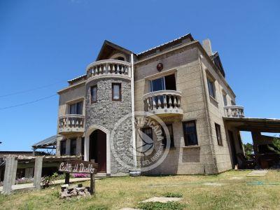 Complejo Castillo del Diablo Punta del Diablo
