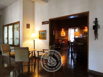 El Estribo - Cafetería del Hotel Nirvana