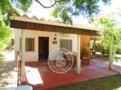 Casa Laguna y Cachimba - De la Laguna Valizas