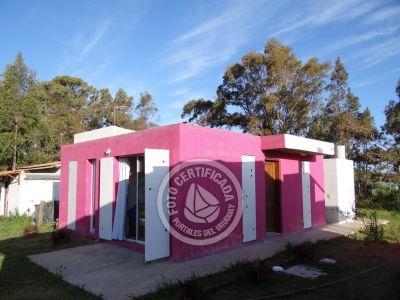Casa Fucsia Punta Negra