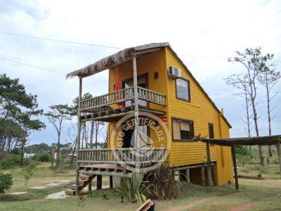 Kalhuas -  Amarilla - Punta del Diablo