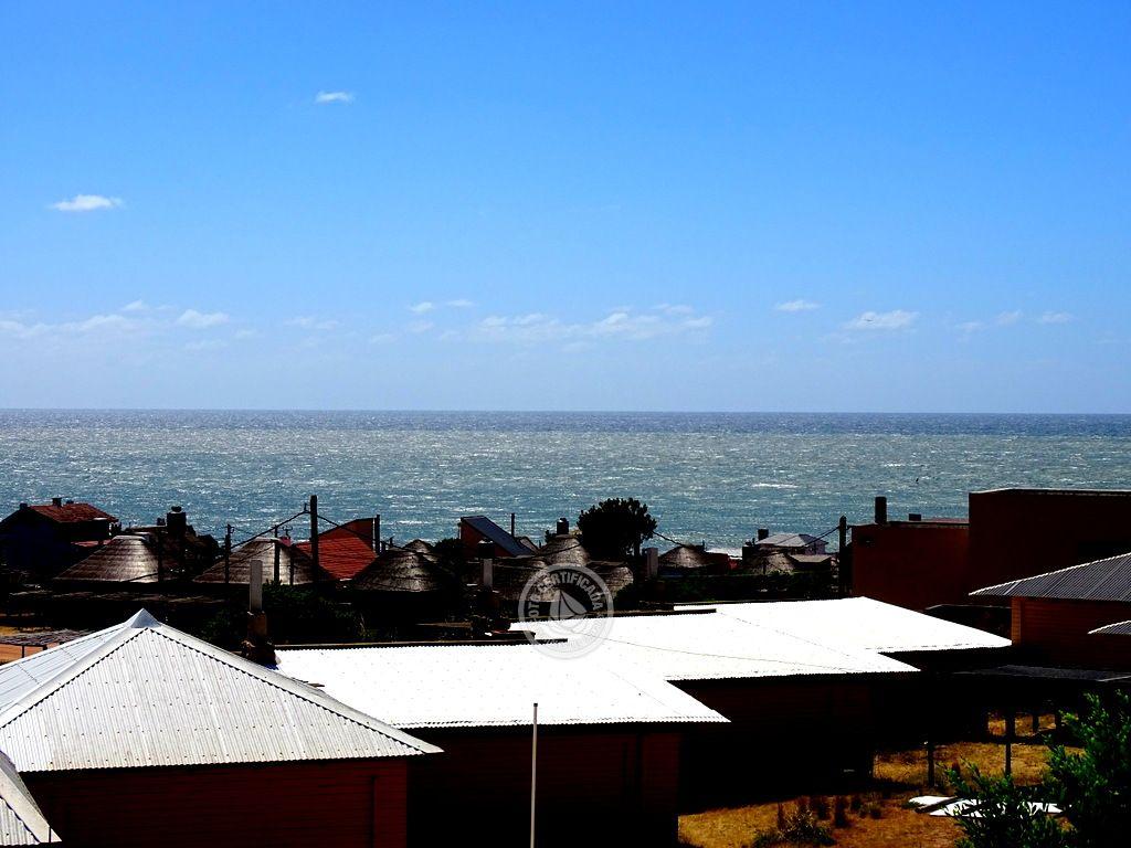 Ukukus - Cabañas con vista al mar