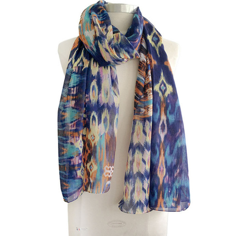 Patchwork aztec scarf cropped