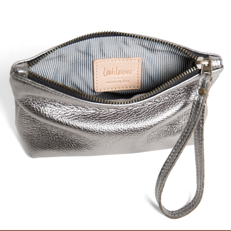 Wristletbag metallic cropped inside 1000x1000 front
