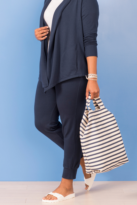 Jogger navy front