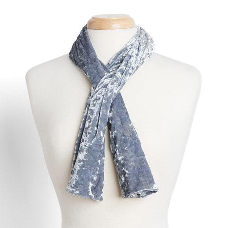 Crushed velvet scarf silver