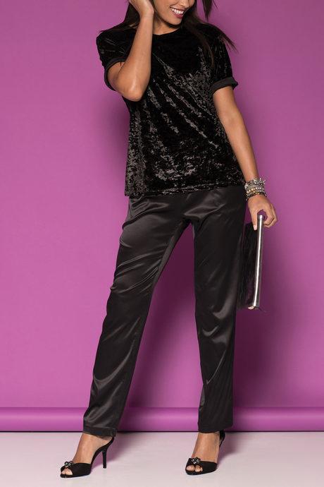 Chantal jogger black onmodel2