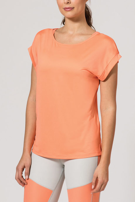 Aura tee front coral