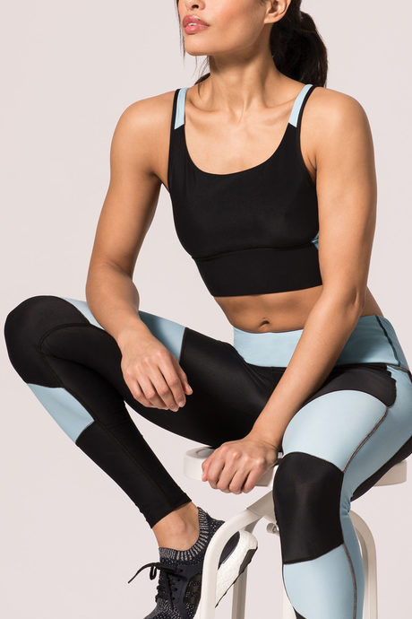 Recharge yoga bra blue2