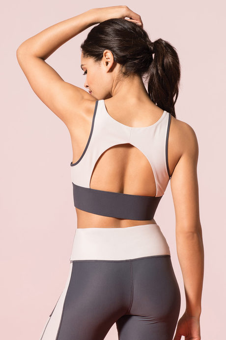 Recharge yoga bra gray2
