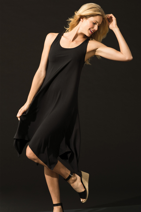 Isabela dress black front1